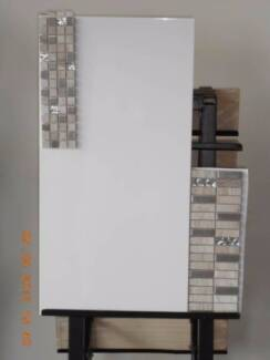 WHITE GLOSS RECTIFIED WALL TILE - 600 X 300