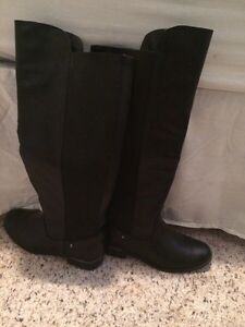 Selling tall black boots from Spring Kingston Kingston Area image 5