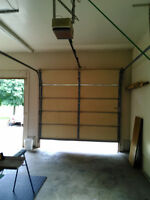9 BY 8 ALUM. INSULATED GARAGE DOOR & OPENER W THE TORSION SPRING
