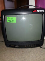 Small tv great for RV, Camper, or Trailer