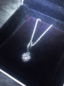 Pandora angel wings necklace new, open to offers