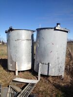 Stainless steel storage tanks, drums for sale