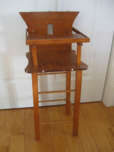 QUAINT LITTLE VINTAGE HAND-CRAFTED DOLL'S HI-CHAIR