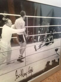 Boxing picture of Henry Cooper SIGNED