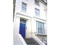** Massive and Airy 4 Bedrooms Maisonette walking distance to Archaway and Holloway Road**