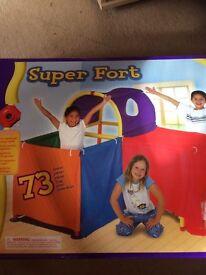 Cranium Super Fort (tent)