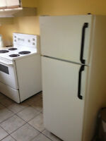 FRIDGE AND STOVE , DELIVERY, FOUR FRIGO , LIVRAISON