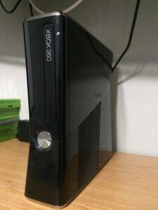 XBOX360 Elite 250gb