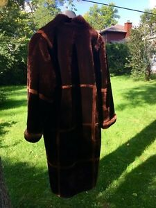 Fake fur coat from France West Island Greater Montréal image 2