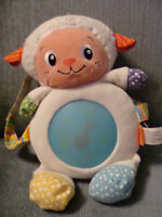 Soothing Sing sheep - can be attached to crib of playpen