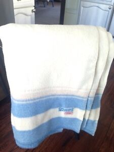 """Beautiful 100% Wool """"Eatonia"""" Blanket, Nice for only $50"""