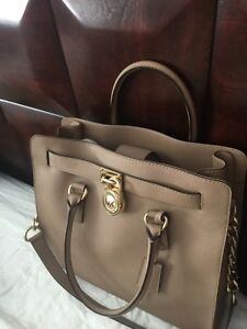 Michael Kors purse London Ontario image 2