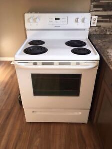 2 years old fridgidaire stove, excellent condition.