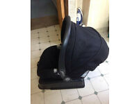 Mamas and Papas Primo Viaggio Sip car seat with side impact protection and safe fix base