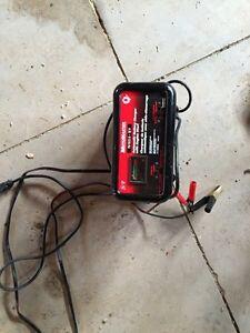 Battery charger Oakville / Halton Region Toronto (GTA) image 1