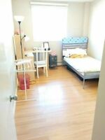 【LOCATION】5 min walk to MRU. apartment looking for Roommate Watc