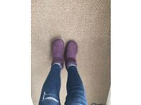 Ugg boots size 3/4