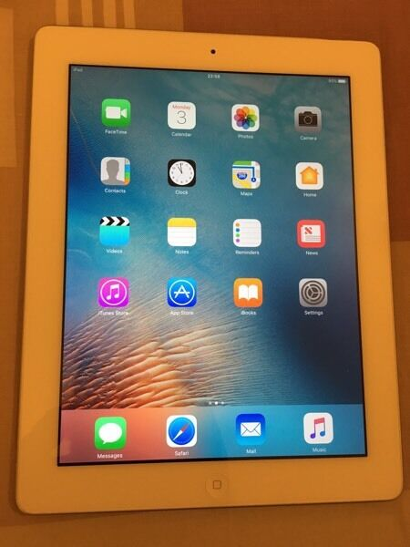 Ipad 4 Retina 16GB WiFi Whitein Southwark, LondonGumtree - Ipad 4 Retina 16GB WiFi White in perfect working condition. 16 gig memory WiFi only . Very good condition except of a minor dent on right corner ,screen is in perfect condition . Plz contact by mail or text