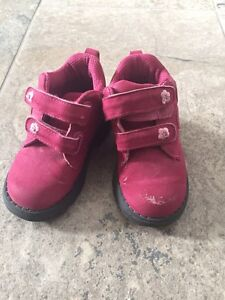 Little girl shoes and boots. Sizes 6,7,8 Kitchener / Waterloo Kitchener Area image 2