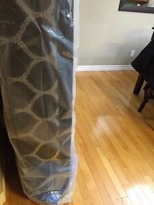 Brand new King Mattress and box spring Belleville Belleville Area image 2
