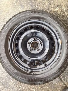 215/55R16 Arctic Claw snow tires with rims