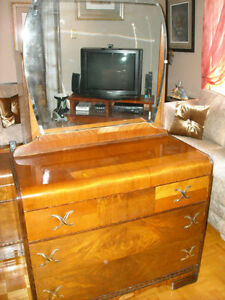 COMMODE-DRESSER  ANTIQUE -COMMODE -CHIFFONIER ANTIQUE 3 TIRROIRS