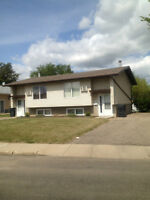 YORKTON  3 Bedroom  Duplex on Ashwood Place