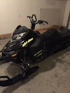 Ski doo summit x 800