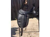 """17"""" Wintec Isabel Dressage Saddle"""
