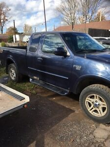 02 f150 4x4 NEEDS ENGINE WORK