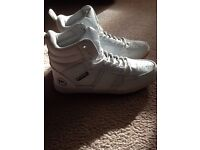 Men's size 7 high tops 'new'