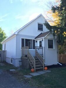 WONDERFUL HOME FOR RENT IN WESTERN HILL!  JANUARY 1st*