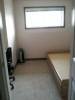 Room for rent College Heights