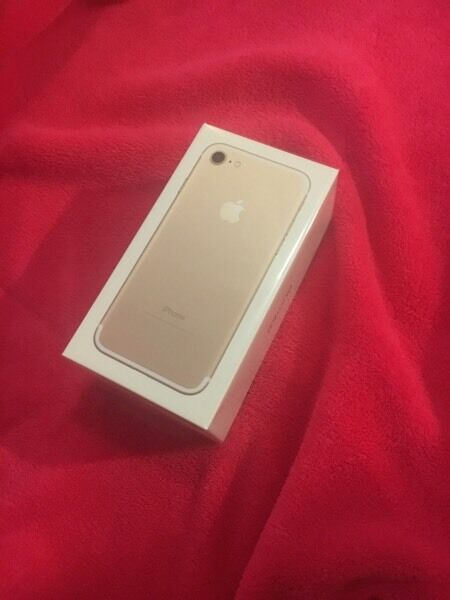 Iphone 7 128gb goldin Boughton Monchelsea, KentGumtree - Iphone 7 128gb gold new sealed in box ( unlocked ) £600