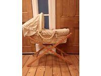Mamas and Papas Moses basket with sheet and duvet