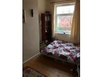 Double Room in houseshare 10 mins from North St, Bedminster