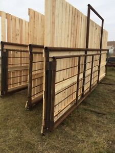 Corral panels windbreakers with gate  Strathcona County Edmonton Area image 2