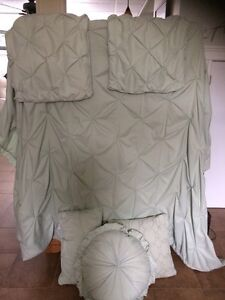 Minty Duvet cover and cushions