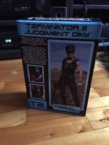 Neca Terminator 2 figurines - T-800, T-1000 and Sarah Connor West Island Greater Montréal image 2