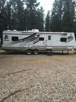 2008 Prowler 2802BDS