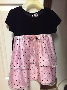 Twins - Black believer too and pink skirt- size 3x Peterborough Peterborough Area image 1