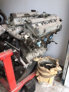 Suzuki Grand Vitara motor 2.5 180k removed in 2010