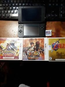 Nintendo 3DS XL Black (mint condition) with games included!!!!