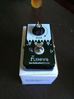 Earthquaker Devices Arrows Preamp Booster (Comme neuve/mint)