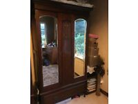 Vintage Retro Traditional Double Mirrored Wardrobe