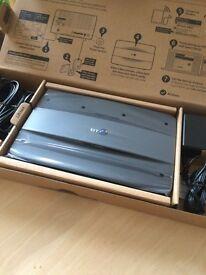 Broadband hub 6 & extender kit brand new