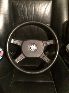 BMW e30 steering wheel  West Island Greater Montréal image 1
