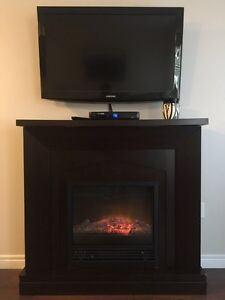 Electric fireplace / space heater