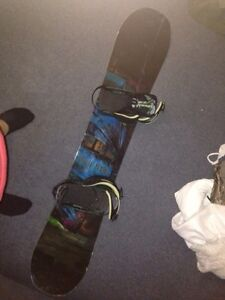 Technine snowboard and binding
