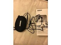 Shure SE215m+ Special Edn In ear Headphones as new